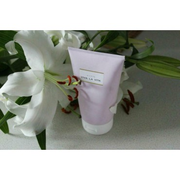 AVON VIVA LA VITA BODY LOTION - 150ml